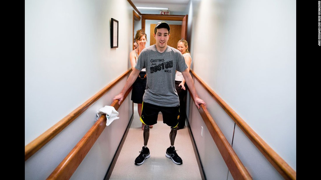 """<strong>Jeff Bauman</strong> remembers looking down at his legs. """"It was just pure carnage. I could see my bones and the flesh sticking out, and I just went into tunnel vision. I thought this is really messed up, this is messed up, that's all I said in my head. This is how it's going to end. This is it. I had a great life. I saw the world. I played sports growing up. I had a lot of friends ... I made peace with myself at that point."""""""