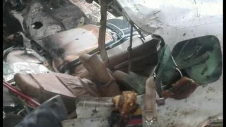 cnnee cafe intvw oraa crash plain survive rescue _00014224