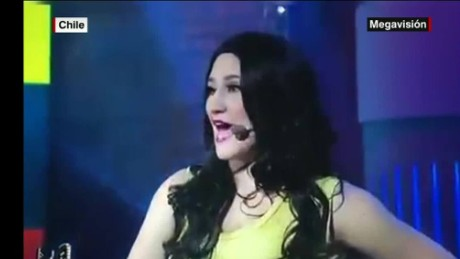 cnnee vo comedian mocks colomabian women _00001516