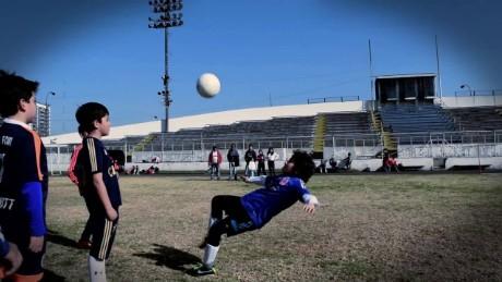 cnnee antonanzas dreams to play futbol cup america _00014408