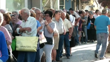 Bailout referendum polarizes Greek people