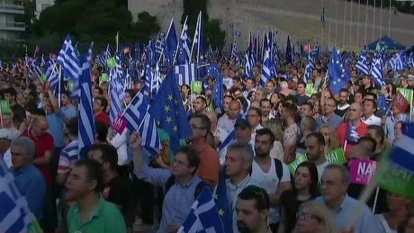 greeks rally ahead of referendum soares looklive nr_00013814