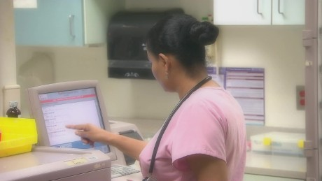 cnnee pkg rodriguez health reform united states _00003610