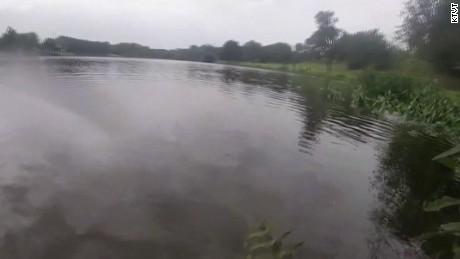 officer saves drowning man pkg_00001009.jpg
