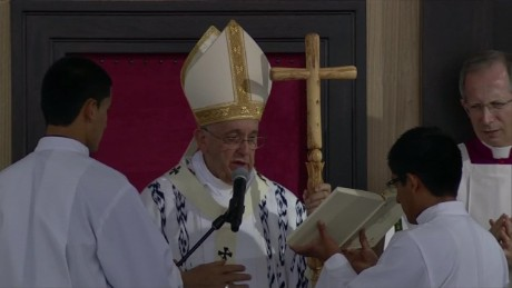 cnnee pkg levy pope francis the message to ecuador _00004810