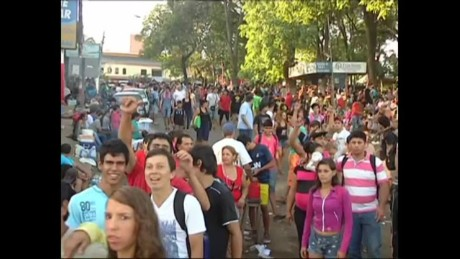 cnnee pkg lopez garelli paraguaya pope visit_00005327