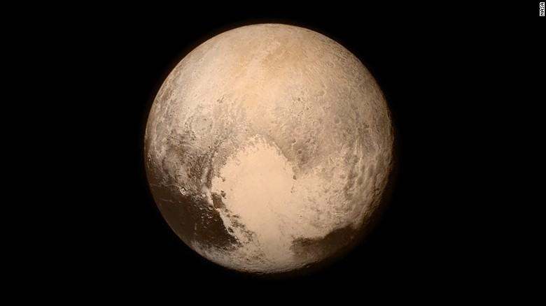 150714084003-01-pluto-horizon-0714-exlar