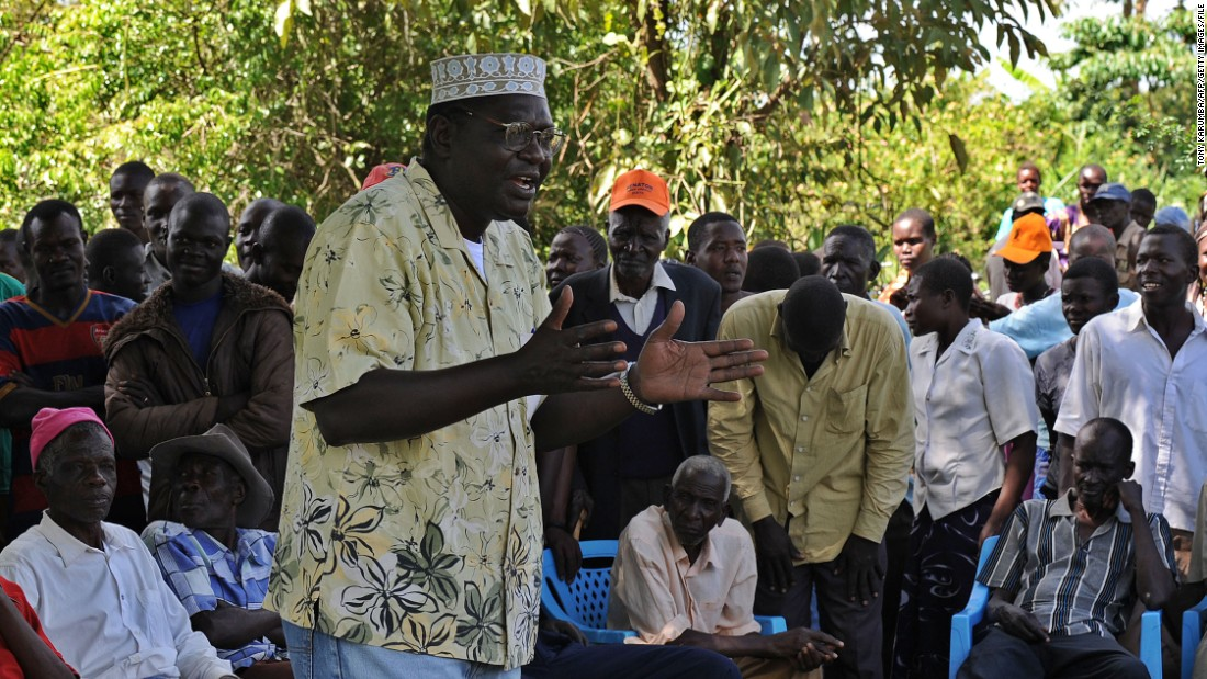 """President Barack Obama's half-brother Malik, pictured addressing supporters on January 16, 2013, is a trained economist. He was the president's <a href=""""http://www.nytimes.com/2014/04/23/us/politics/amid-politics-obama-drifted-away-from-kin.html?_r=0"""" target=""""_blank"""">best man at Obama's wedding</a>.<br /><a href=""""/2015/07/22/opinions/tony-elumelu-global-entrepreneurship-summit/index.html"""" target=""""_blank""""><br />Read more: Why Obama's Kenya visit is a turning point for African entrepreneurship</a>"""