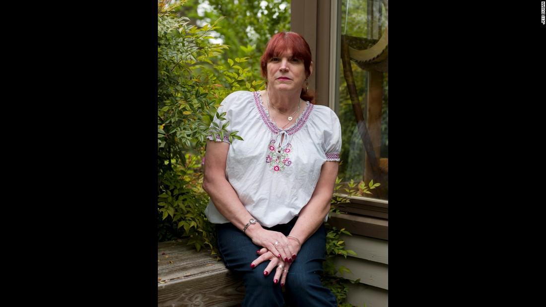 saint marie single men over 50 Op haar nieuwe single covert ze 'hartslag' van de nederlandse ruth jacott,  of wat dacht u van madrid en saint-tropez  liedjes over moeders' van will tura.