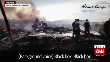 mh17 crash aftermath footage allen cnni nr lklv_00001425.jpg