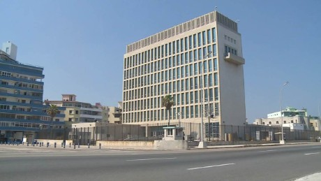 cnnee pkg oppman cuba us embassy building_00001403