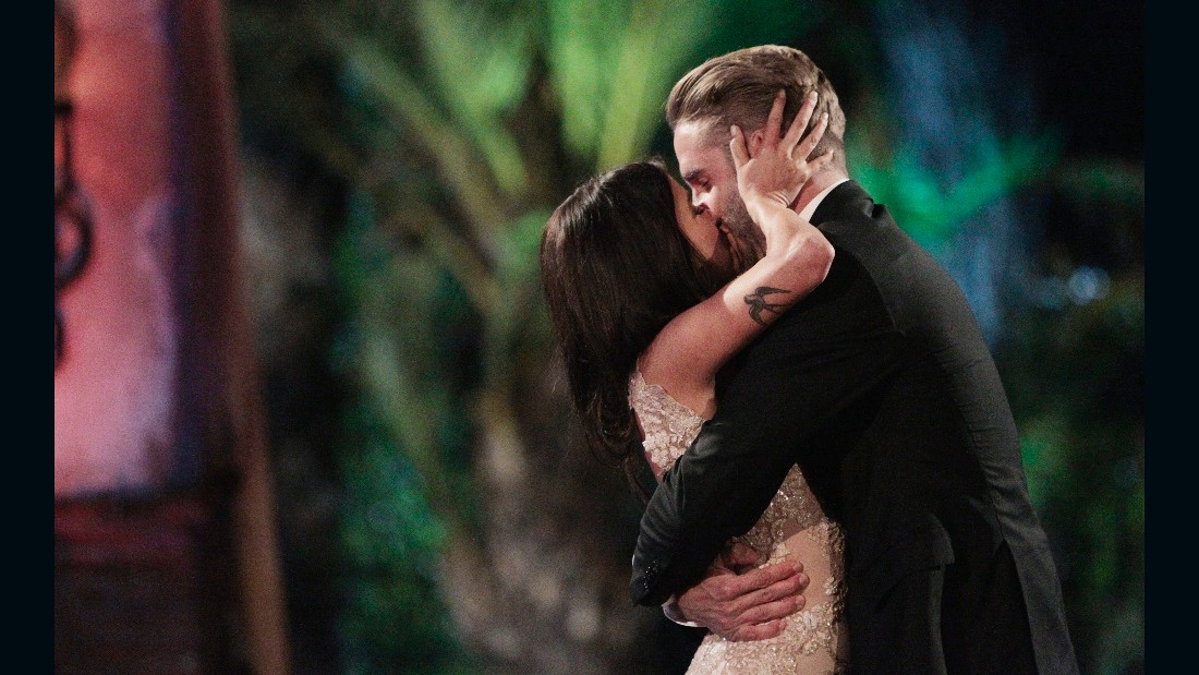 "THE BACHELORETTE - ""Episode 1110 - Season Finale - In this week's dramatic conclusion, Kaitlyn gave her final rose to finalist Shawn Booth, on the Season Finale of ""The Bachelorette,"" airing MONDAY, JULY 27 (8:00-10:01 p.m., ET), on the ABC Television Network. (ABC/Rick Rowell) KAITLYN BRISTOWE, SHAWN BOOTH"