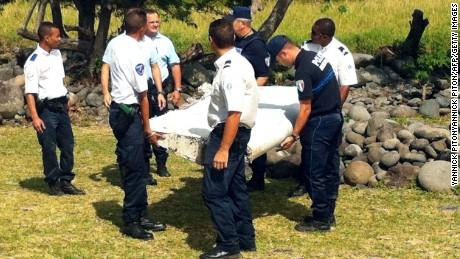 Prosecutor: Debris on Reunion Island from MH370