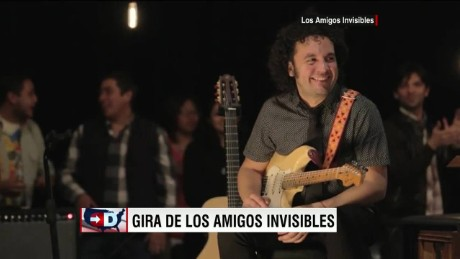 exp cnne amigos invisibles interview _00002001