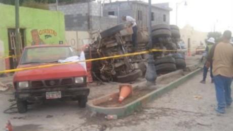 cnnee cafe oraa zacatecas pilgrims accident witness speak_00002612