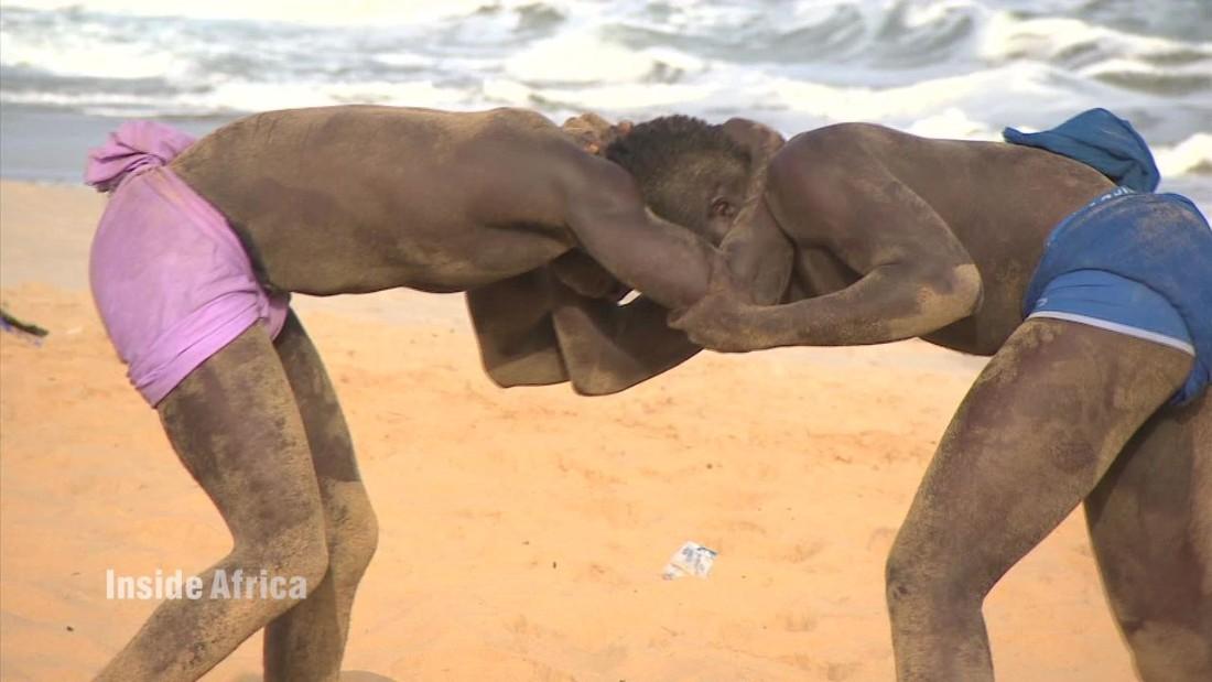 wrestling gambia inside africa c_00031120.jpg