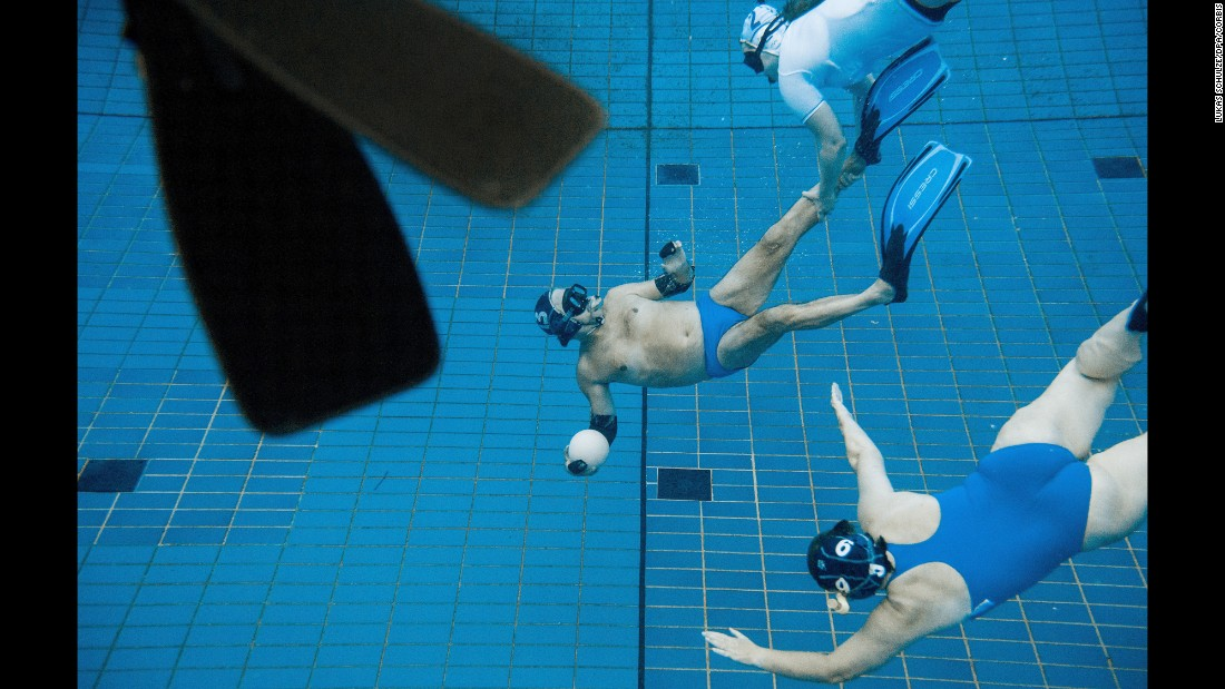 What a shot 40 amazing sports photos Olympic swimming pool water temperature
