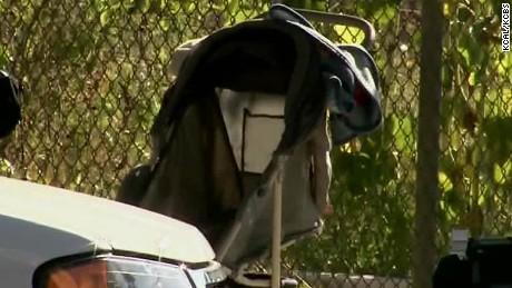 Baby found left in stroller_00001310