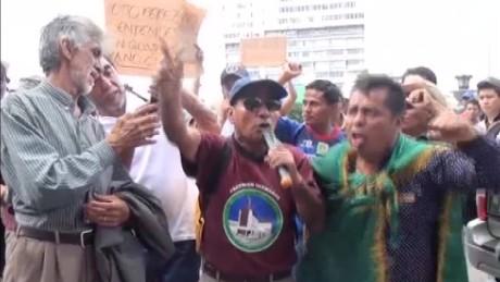 cnnee pkg vasquez guatemala anti govern_00023115