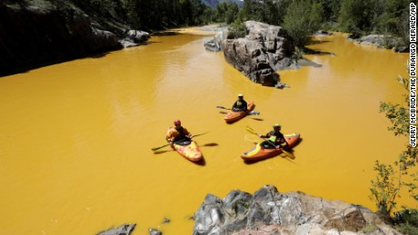 EPA spill turns Animas River orange