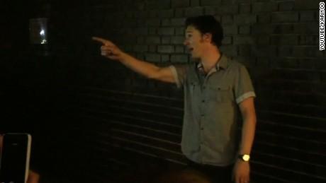 benedict cumberbatch fans filming theater julie taymor intv wrn_00003202