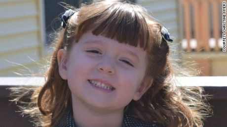 Parents create 'visual bucket list' for daughter who's going blind