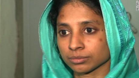lost girl pakistan india holmes pkg_00003828
