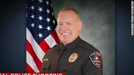 texas cop fired after shooting teen lavandera pkg erin _00000000