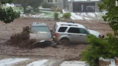 woman trapped in car during flooding pkg_00005805