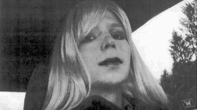 chelsea manning solitary confinement holmes sot_00001821