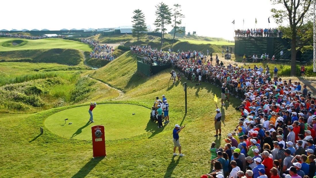 Top-ranked Rory McIlroy plays his shot from the 10th tee on Friday at Whistling Straits.