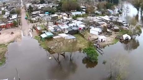 cnnee pkg kelin storms in uruguay _00000807
