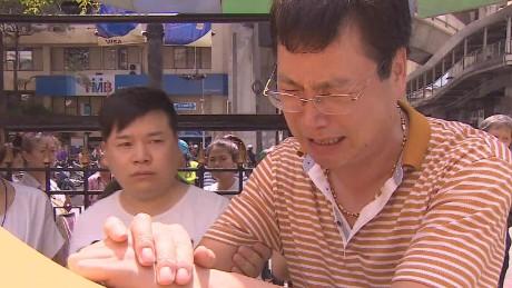 bangkok bombing families mourn mohsin_00015019