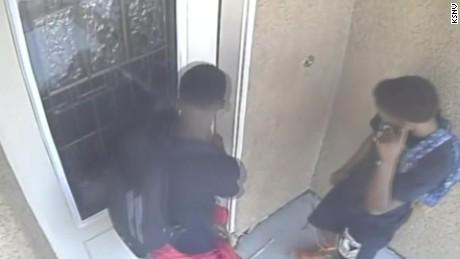burglary stopped by kid caught on camera pkg_00001716