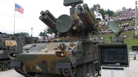 """K-SAM, also known as """"Pegasus"""": South Korean anti-aircraft missile. It weighs 26 tons and has a maximum firing range of 9 kilometers."""