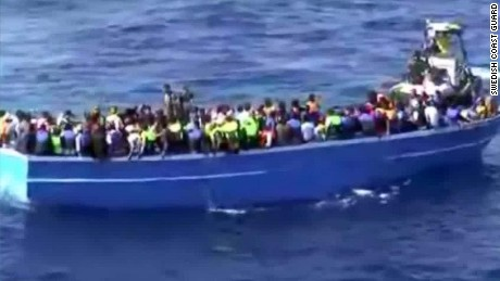Two boats sink off Libyan coast