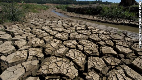 View of the bed of Jacarei river dam, in Piracaia, during a drought affecting Sao Paulo state, Brazil on November 19, 2014. The Jacarei river dam is part of the Sao Paulo's Cantareira system of dams, which supplies water to 45% of the metropolitan region of Sao Paulo --20 million people-- and is now at historic low. AFP PHOTO / NELSON ALMEIDA        (Photo credit should read NELSON ALMEIDA/AFP/Getty Images)