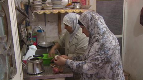 syria food shortage anderson pkg_00014203