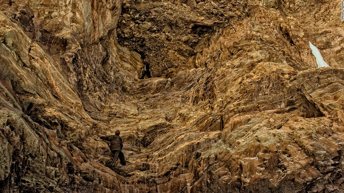 What Makes Natural Cave Walls Smooth