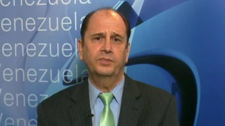 cnnee din intvw jose antonio gil yepes crisis colombia venezuela_00023124