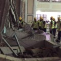09 mecca crane 0911