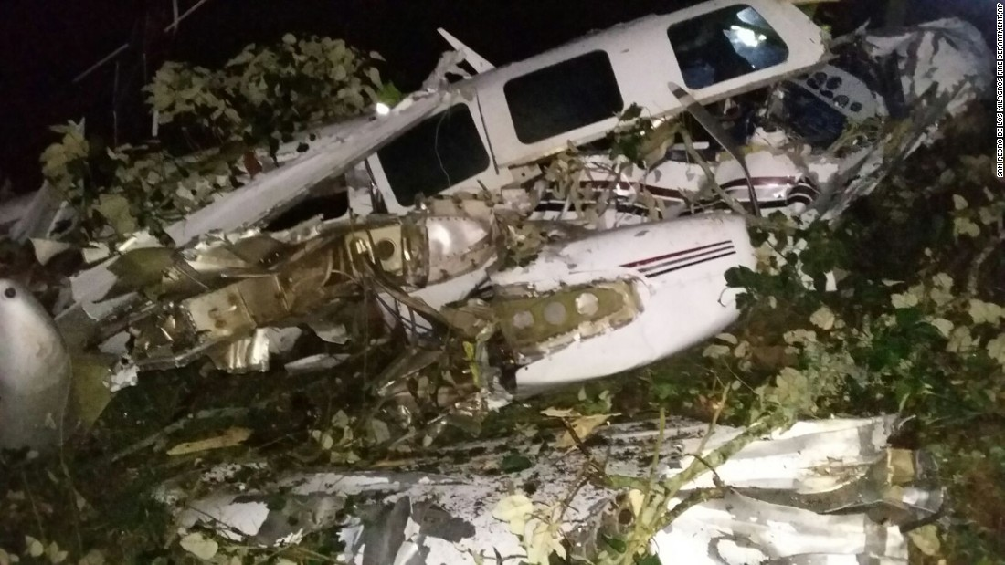 wiki dead in plane crash near Medell%C%ADn Colombia
