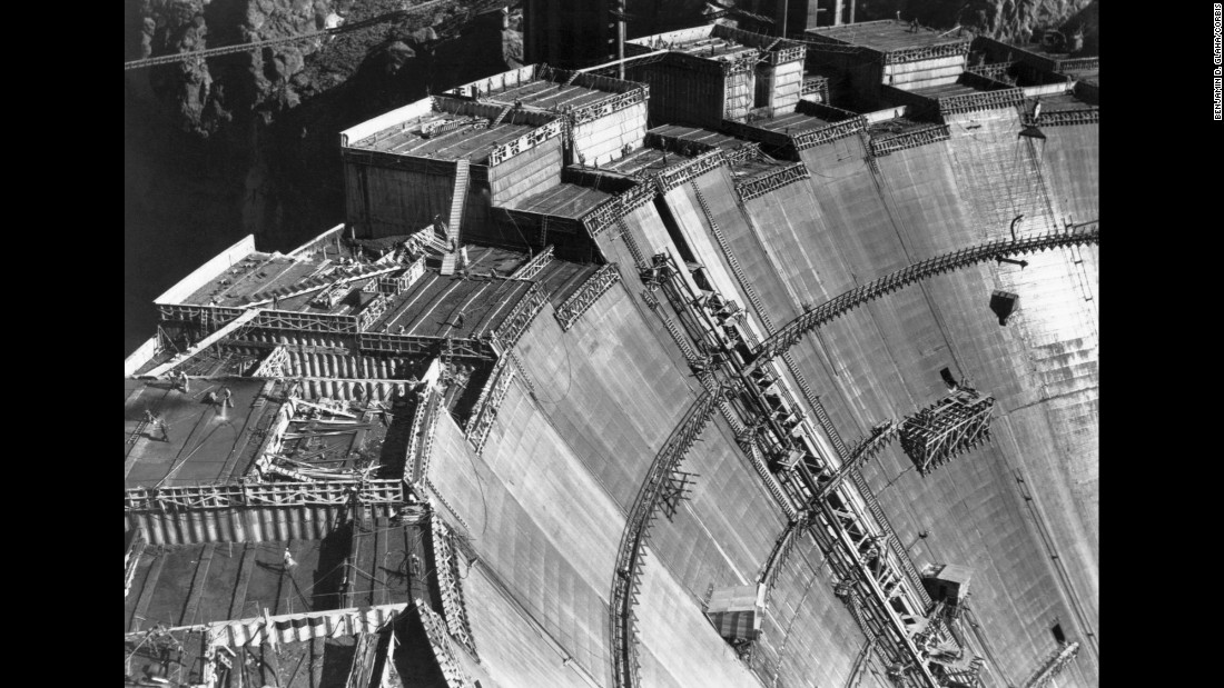 Building Hoover Dam: A Wonder Of Engineering