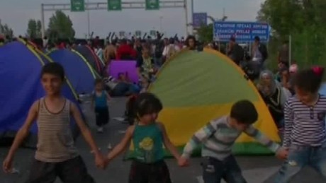 wedeman hungary clamps down on migrant crossings_00023320