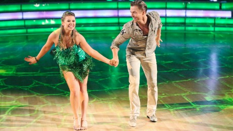 """DANCING WITH THE STARS - """"Episode 2101"""" -- """"Dancing with the Stars"""" is back with an all-new celebrity cast ready to hit the ballroom floor. The competition begins with the two-hour season premiere, LIVE, MONDAY, SEPTEMBER 14 (8:00-10:01 p.m., ET) on the ABC Television Network.  (ABC/Adam Taylor)BINDI IRWIN, DEREK HOUGH"""
