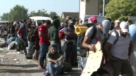 croatia migrant crisis wedeman cnni nr lklv_00013818