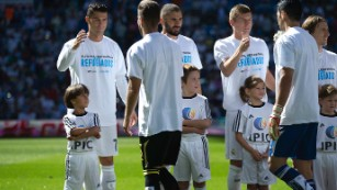 Cristiano Ronaldo: Real Madrid gives Syrian migrant's son special moment