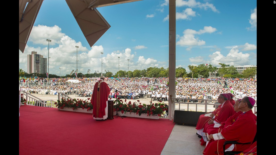 The Pope celebrates a Mass in Holguin on September 21.