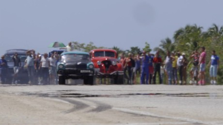 Cuba's classic cars hurdle down the highway
