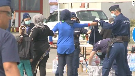 europe migrant crisis fortress wedeman pkg_00011402